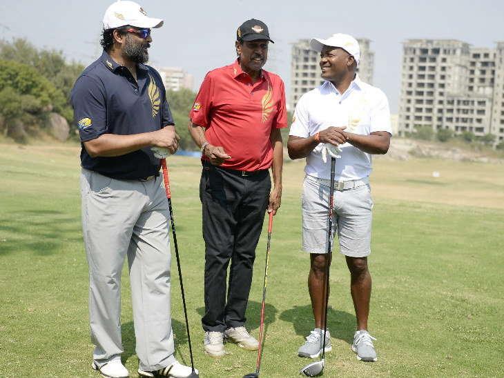 हैदराबाद / लारा और कपिल ने खेला गोल्फ