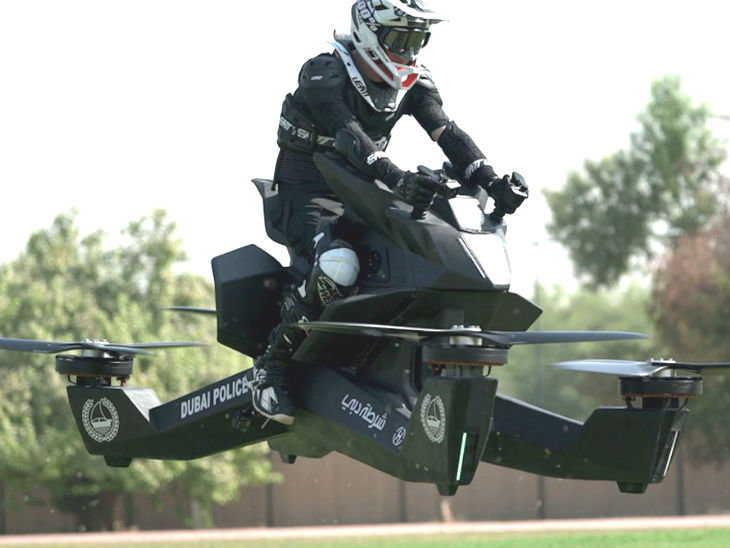 दुबई / अपराधियों को पकड़ेंगी उड़ने वाली बाइक, कीमत 1.10 करोड़ रु.